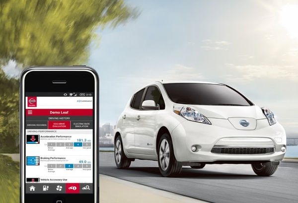 2016-nissan-leaf-exterior-pearl-whit_w_600