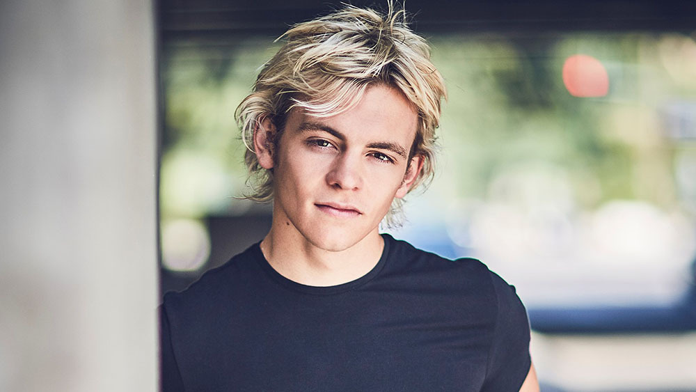 Ross Lynch Added To The Cast Of Netflix S Sabrina Series
